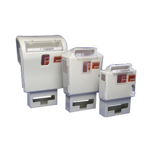 Kendall SharpSafety™ In-Room™ Wall Enclosure, 2 and 5 Quart 6885165H
