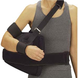 "DeRoyal Shoulder Abduction Pillow with Straps Large, 30-1/2"" x 36"" Right/Left DR11650007"