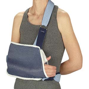 "DeRoyal Shoulder Immobilizer with Waist Strap Small, 7"" x 13-1/2"" Pouch, Right/Left DR902301"